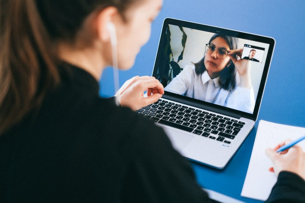 Optimizing Customer Discovery Surveys and Interviews to Understand Your Customer